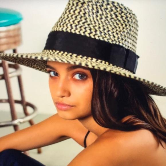 Brixton Joanna Straw Hat NWOT- Black   White - S 09f9afa31488